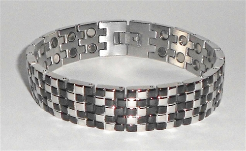 Double strength magnetic stainless steel bracelet for Stainless steel jewelry durability