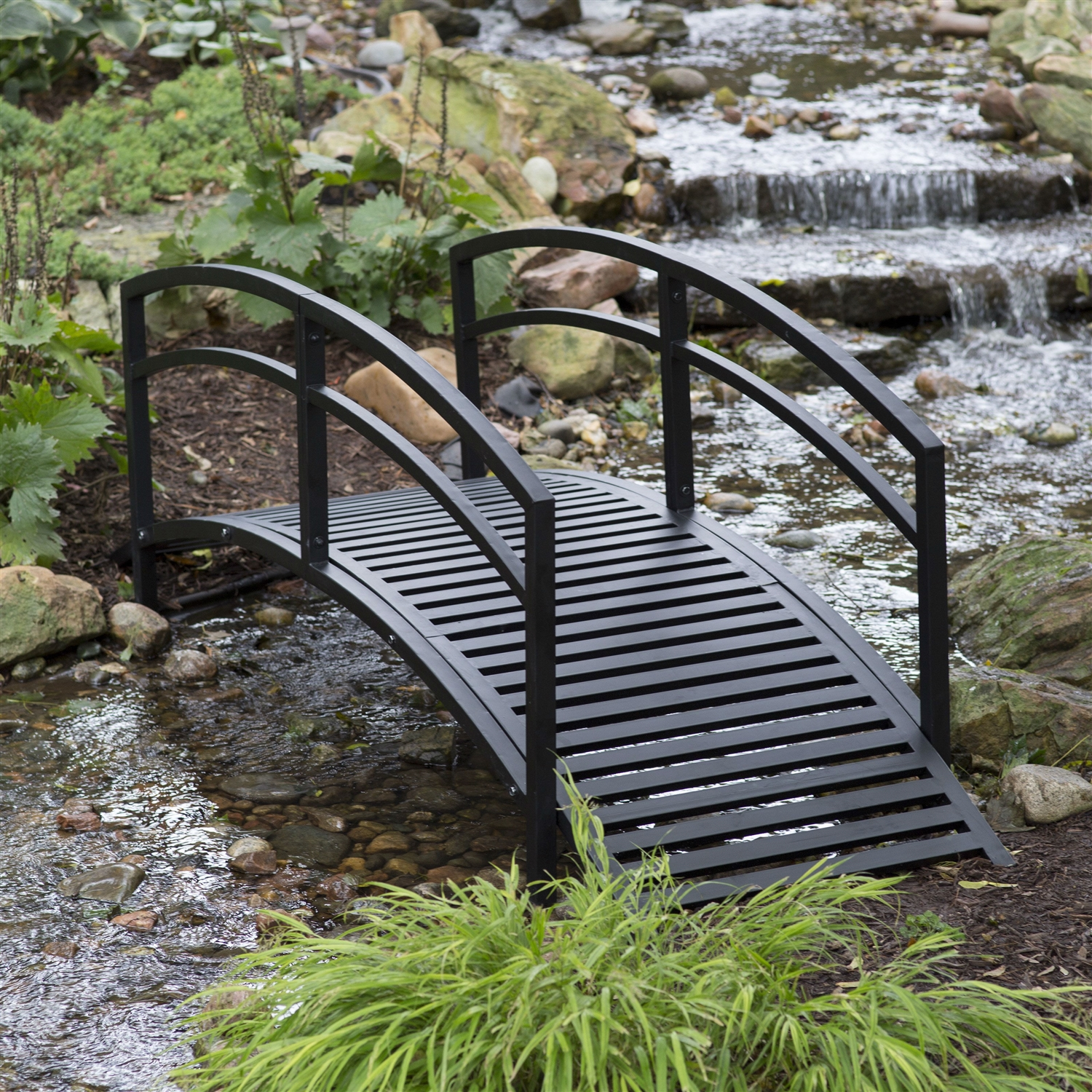 Modern 8 Ft Metal Garden Bridge With Arched Rails In Black