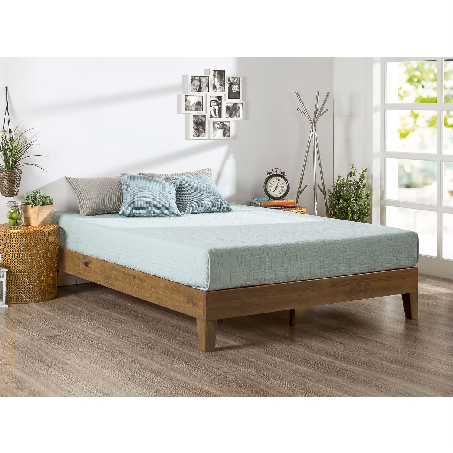 Queen size Solid Wood Modern Platform Bed Frame in Rustic Pine