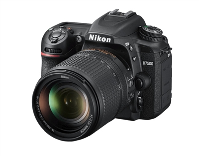 Nikon D7500 DSLR with 18-140mm VR Lens