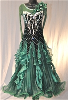 Elegant Dark Green Velvet Ballroom Dress