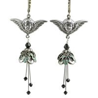 Venus Kiss Earrings