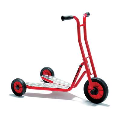 Shop Scooter W/3 Wheels 30 Bars Age 3-7 - Win475 By Winther
