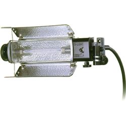 LOWEL TUNGSTEN FLOOD TOTA-LIGHT (120-240VAC)