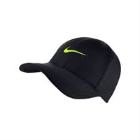 Nike Feather Light Hat Black 679421-019
