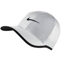 Nike Feather Light Hat 679421-100