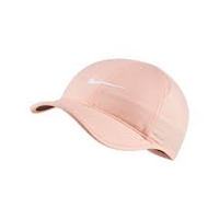 679424 664 Nike Womens Court Aerobill Featherlight Hat
