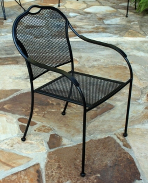 Wrought iron bistro chair for Wrought iron cafe chairs
