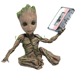 Guardians Of The Galaxy Vol. 2 - Awesome Groot 2 Premium Motion Statue