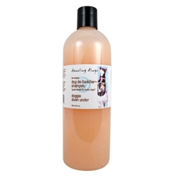 Natural Dingo dog shampoo works to repel fleas and cleanse to soothe irritation with plant essential oils