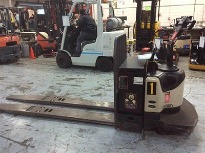 Electric Crown PE4500 Pallet Jack