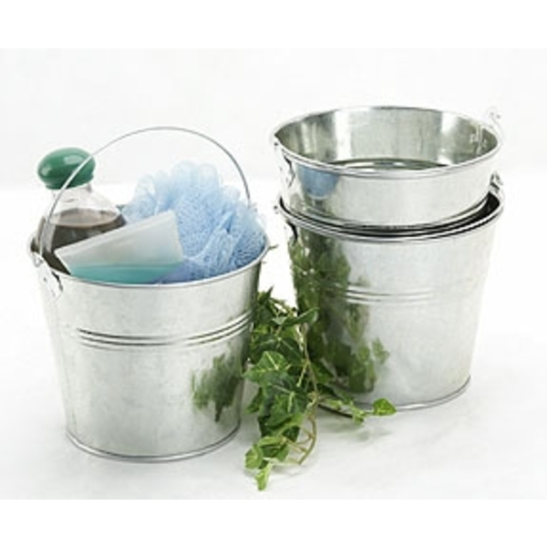 Galvanized Pails with Top Metal Handle & Hard Liner ()
