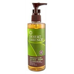 Thoroughly Clean Face Wash with Organic Tea Tree O