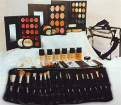Advanced Make-Up Kit (ADVKIT)