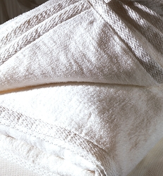 White Cotton Blanket (C4779)