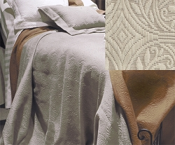 Peacock Alley® Vienna Matelassé Coverlet/Taupe (C4820)