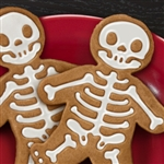 GINGERDEAD MEN - spooky, kooky cookie cutter (by Fred & Friends)