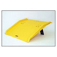 Eagle Manufacturing 36in X 35in X 5in Yellow High Density Polyethylene 1795