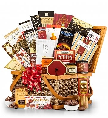 Grand Gourmet Picnic Hamper Basket
