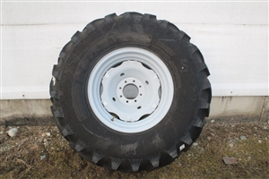 18.4x26 Tire and Rim