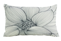 In bloom #1 blk cushion 30x50cm
