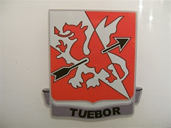 US Army Unit Crest: 562nd Air Defense Artillery - Motto: TUEBOR