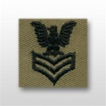 US Navy Cap Device Subdued: E-4 Petty Officer Third Class (PO3) - Desert