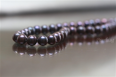 Pearl Necklace - Black 9 mm