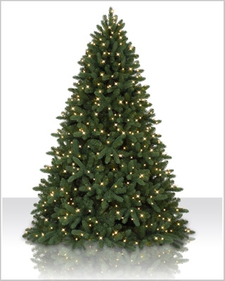 7.5 Foot  Pre Lit Alberta Spruce Evergreen Artificial Christmas Tree with Clear Lights