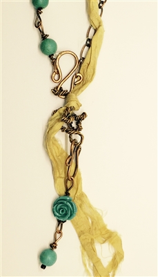 Jumbled Rose Necklace