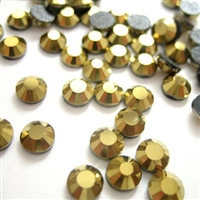 Hotfix 4mm Rhinestones in Gold Colored by ThreadNanny