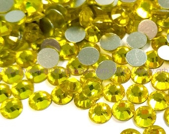 Hotfix 5mm Rhinestones in Citrine by ThreadNanny