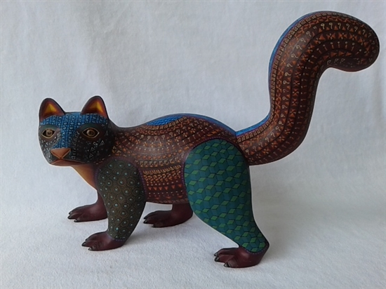 Hunc the Skunk Genuine Oaxacan Alebrije for Sale