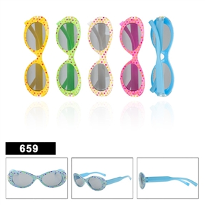 Look at these polka dot designer fashion kids sunglasses