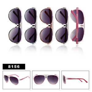 Wholesale Aviator Sunglasses with Plastic Frame