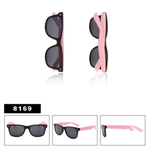 Matte Black with Pink Wayfarers