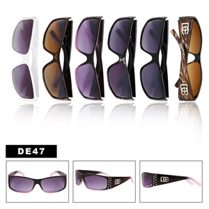 Wholesale Fashion DE-Designer Eyewear Sunglasses are fashionable.