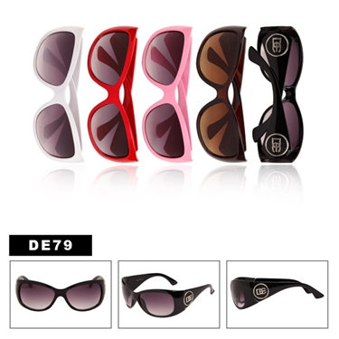 Must see wholesale fashionable designer eyewear. Check out today!