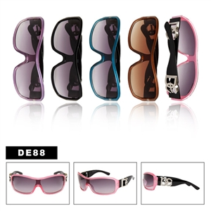 Wholesale Fashion Sunglasses are here! Shop today!