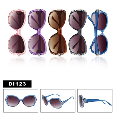 Check out these beautiful wholesale replica sunglasses.