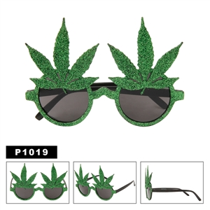 Pot Leaf Glasses Wholesale