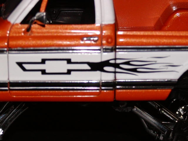 Chevy BOWTIE FLAME SIDE GRAPHICS Fit All Chevy Cars And Trucks - Graphics for cars and trucks