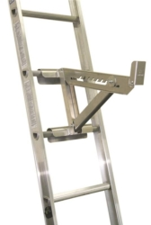 QualCraft 2420 2-Rung Short Body Ladder Jack
