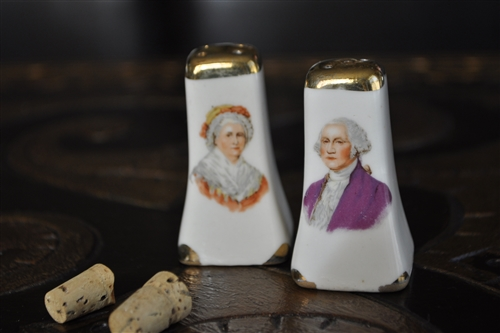 George and Martha porcelain shakers