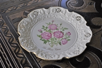 The Queen Victoria Rose collector's plate