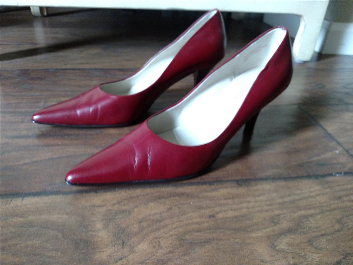 Burgundy Kitten Heel Shoes