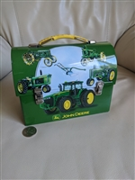 John Deere tin, small lunchbox with handle. TINBOX COMPANY.