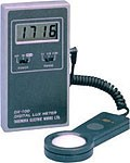 DX-100-CC / High Accuracy Lux Meter With Calibration Certificate