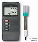 PH-221 /  Data Logger pH Meter Measures Temperature Too!