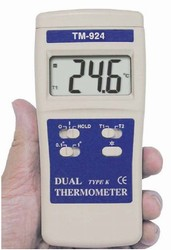 "TM-924F / Two Channel Type K Thermocouple Thermometer with Backlight 0.86"" Display Measures -50°F to 1999°F"